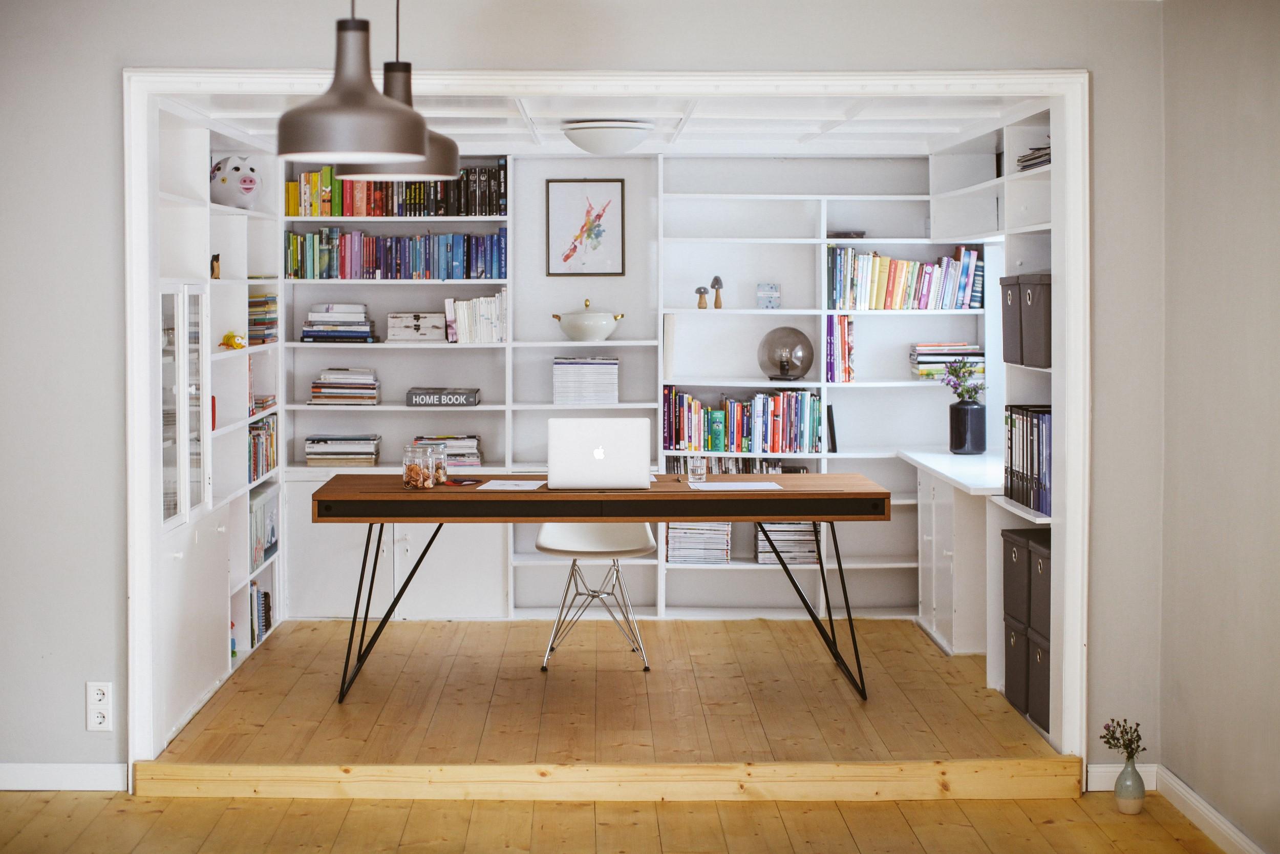 RAAS - Schreibtisch #1